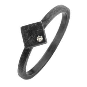 Ghetto ring - ruthineret sterlingsølv med diamant